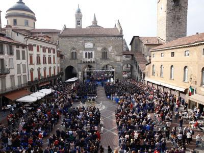 Graduation Day 2019 Piazza Vecchia
