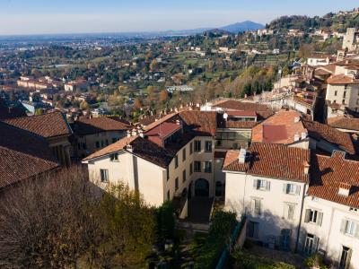 La sede di Rosate vista dall'alto