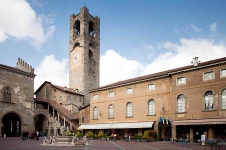 Sede storica dell'Università in Piazza Vecchia
