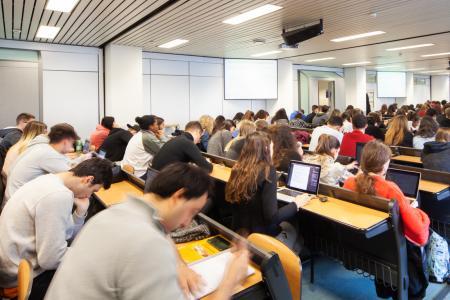 Studenti in aula - sede Caniana
